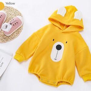 Bear Face Printed Hoodie Baby Romper Yellow